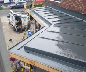 P Q Fibreglassing Dryseal roof